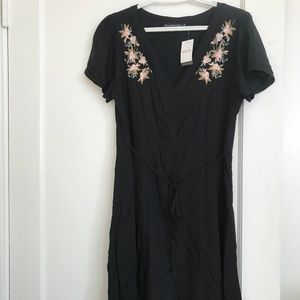 Abercrombie & Fitch dress WITH TAGS ON